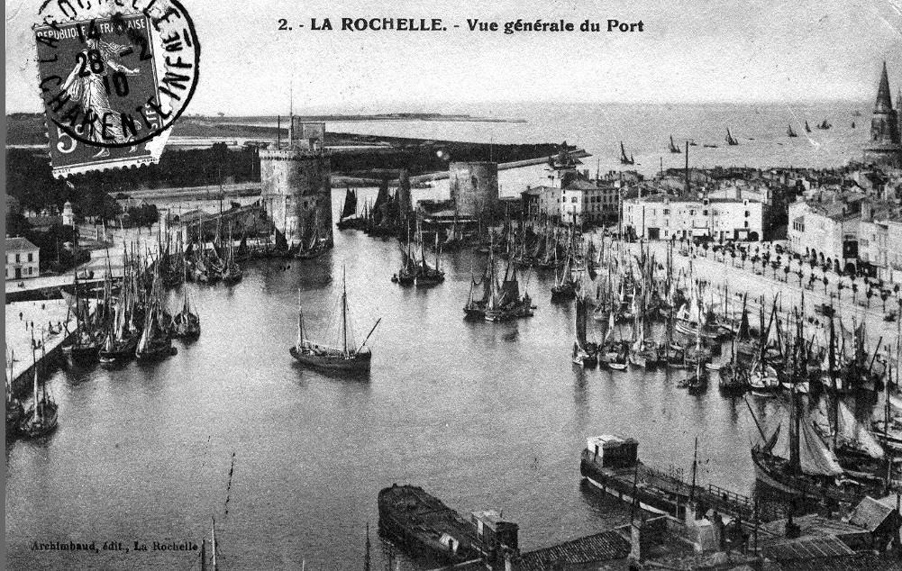 Carte postale ancienne - La Rochelle - le port